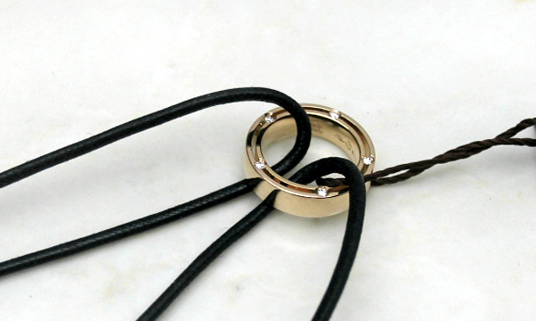 Dサイドレース 10Pダイヤ ネックレス