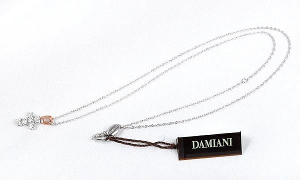 クラシック ロゴ ダイヤ ペンダントネックレス(XS) 【生産終了モデル】