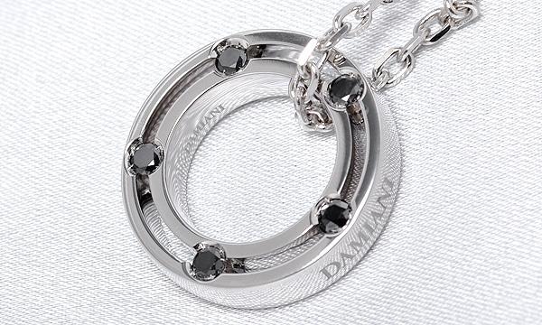 Dサイド ブラックダイヤ ネックレス