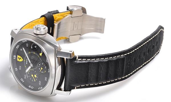 フェラーリ スクデリア 10デイズ GMT