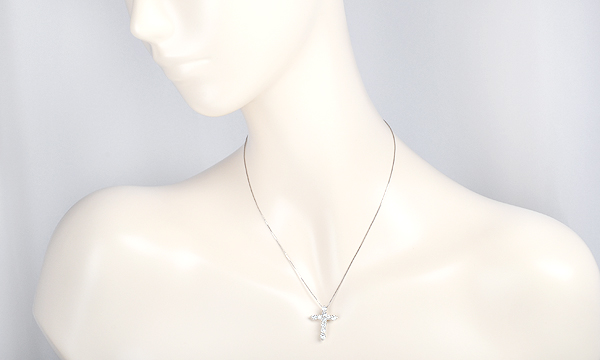 クロス ダイヤ ネックレス