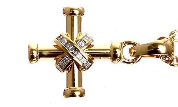 クロス バゲットダイヤ ペンダントネックレス