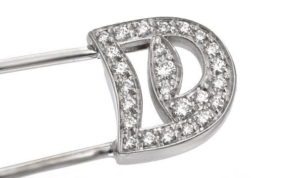 ダイヤ ブローチ