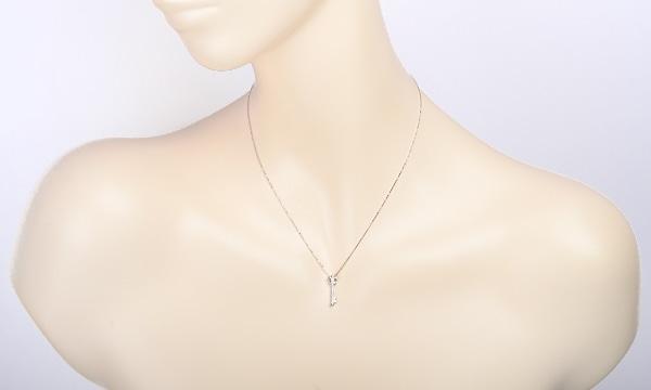キー ダイヤ ネックレス