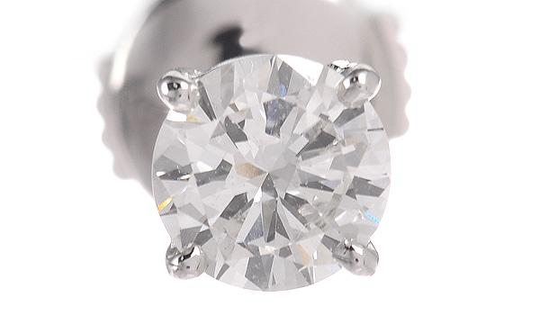 ダイヤ ハーフピアス D 0.537ct