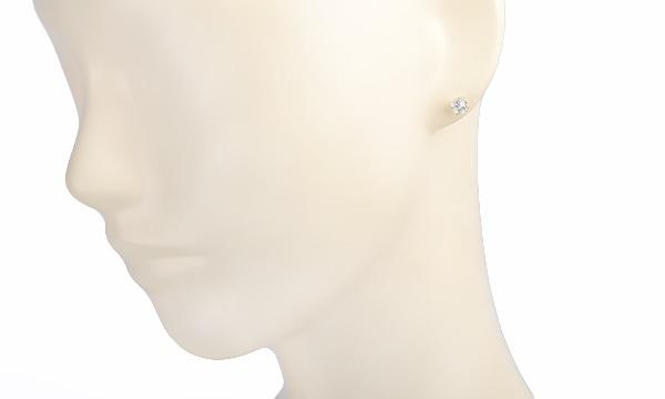 ダイヤ ハーフピアス D 0.521ct