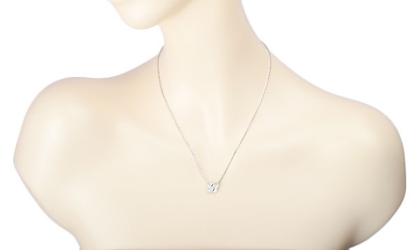 パピヨン ホワイトシェル・ダイヤ ネックレス