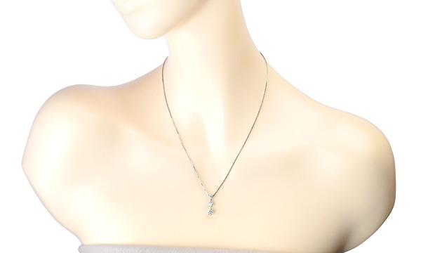 3Pダイヤ ネックレス