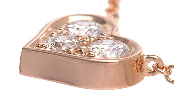 センチメンタルハート 3Pダイヤ ネックレス