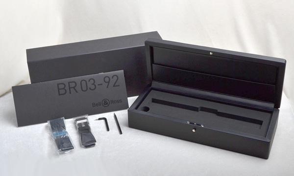 BR03−92