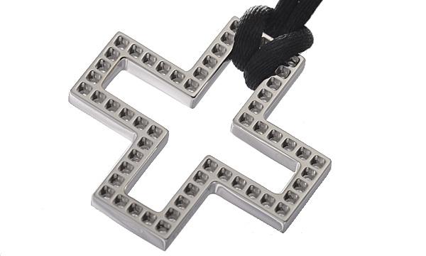 クロス ダイヤ コットンコードペンダントネックレス