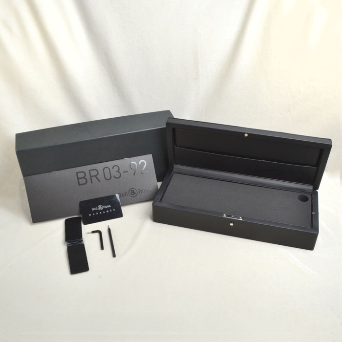 BR03−92CFB−R Phantom 年間生産500本