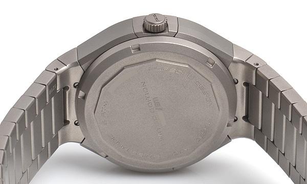 P6530 チタニウムクロノグラフ 世界限定911本