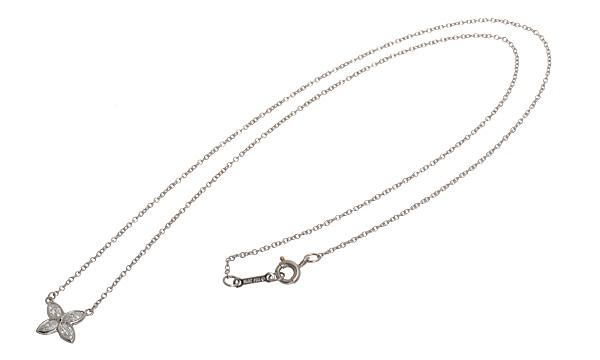 ビクトリア マーキスダイヤ ネックレス